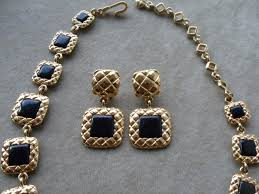 necklace with black stones images Liz claiborne bold gold plated black stone liz clairborne set jpg