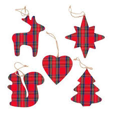 these festive plaid ornaments add a certain canadian je ne sais