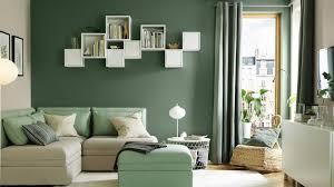 que mettre au dessus d un canapé comment décorer le mur au dessus du canapé