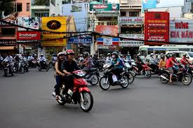 Are Traffic Cameras An Invasion Of Privacy Essay by How To Survive To The Crazy Vietnamese Traffic