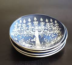 hanukkah plate i don t celebrate hanukkah but these plates are so pretty tree