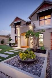 Front House Landscaping by 41 Best Front Yard Landscaping Images On Pinterest Front Yard