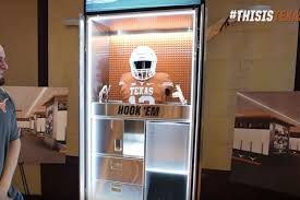 look texas players see new locker room for first time burnt