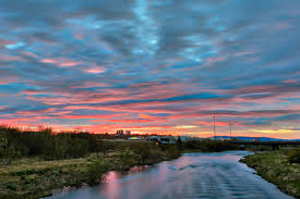 reykjavik river twilight freebie by somadjinn on deviantart