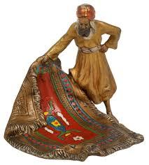 venditore di tappeti dipinti xix secolo bronzo viennese venditore di tappeti