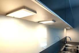 lumiere meuble cuisine luminaire meuble cuisine eclairage sous meuble haut cuisine le