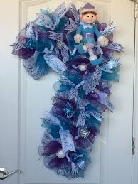 Decorating Christmas Wreath Ribbon by 2200 Best Christmas Deco Wreaths Images On Pinterest Christmas