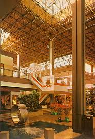 vine and harvest shops in the altamonte mall 1970s great