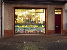 La Suite Dans Le Vignoble Du Jura Proche Vin Du Jura