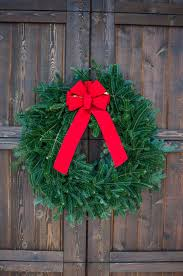 wreath delivery app evergreens
