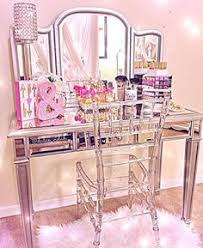 Mirrored Vanity Table How Perfect Is Dulcetrocaf U0027s Masterpiece We Can Stare At This