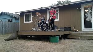 grapefruit brothers live rock music in the backyard fuzz factory