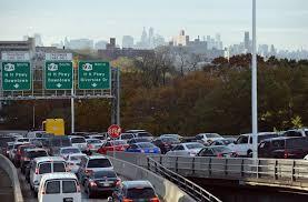 how to avoid thanksgiving traffic releases travel data
