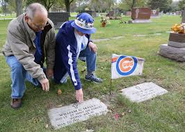 Cubs Lose Flag Cubs Flags At Graves Mark Hope For World Series Fans Never Lived