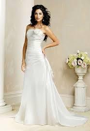 new wedding dress august jones paz new wedding dress size 2 nearly newlywed wedding