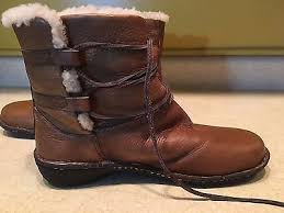 ugg womens caspia ankle boots s ugg 1932 caspia shearling ankle boots leather size 11