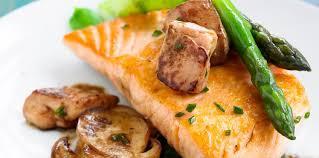 cuisiner un foie gras frais saumon aux foie gras frais aux asperges et aux chignons
