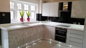 White Gloss Kitchen Ideas White Gloss Kitchens Black Worktops Deductour Com