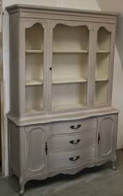 two coats of coco chalk paint a wash by mixing 50 old ochre