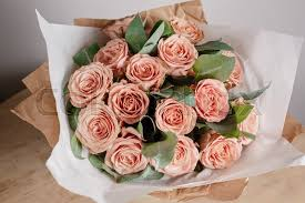 flowers for birthday capuchino grade roses florist girl with rich bunch flowers fresh