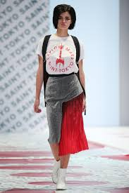 tokyo shines at russian fashion week in moscow