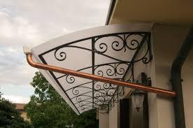 tettoia in ferro battuto tettoie a sbalzo in ferro idées de design d intérieur