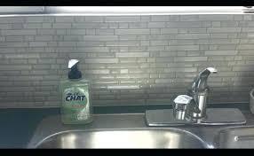 adhesif carrelage mural cuisine adhesif pour carrelage cuisine le carrelage mural smart tiles pour