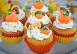 thanksgiving cupcake decorations cornucopia and pumpkin cupcake