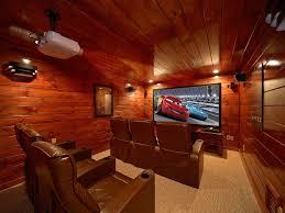 Vrbo Pigeon Forge 4 Bedroom 4 Bedroom Gatlinburg Theater Room Cabin Wit Vrbo