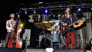 Blind Piolot Old Crow Medicine Show Guster Blind Pilot Dazzle At Grand Point