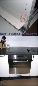 pose meuble haut cuisine fixation de meuble haut de cuisine fixation meuble haut cuisine
