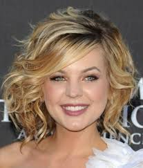 wiry short wavy hair what styles suit 95 best curly girls images on pinterest braids hair cut and