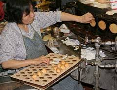 where can you buy fortune cookies how do fortunes get inside of fortune cookies everyday mysteries