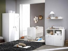 chambre bébé taupe et blanc lit tour de lit bébé garçon chambre bebe gris vert d eau