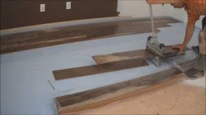 Laminate Flooring Installer Laminate Flooring Installation Tips How To Start Installation