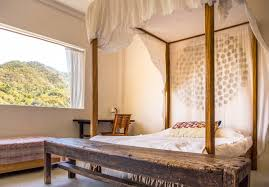 Exotic Bed Frames by 14 Exotic Summer Vacation Rentals You Won U0027t Believe Are Affordable