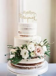 Hard Sugar Cake Decorations Best 25 Wedding Cake Garlands Ideas On Pinterest Wedding Cake