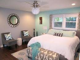 grey and aqua blue bedroom saveemail gray and teal bedroom decor