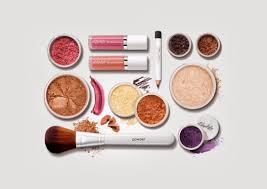 detox your beauty bag from the most harmful chemicals in makeup