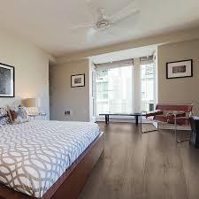 Laminate Flooring Lowes Canada Shop Mohawk Lindale Plus 8 75 In X 47 75 In Sawcut Saddle Oak