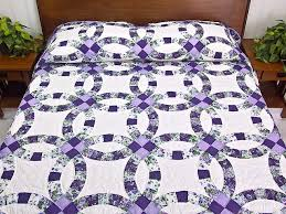 wedding ring quilt wedding ring quilt great carefully made amish quilts
