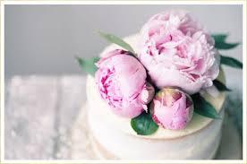 wedding cake flower 16 fresh flower ideas for wedding cakes ftd