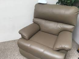 selling a leather recliner good condition sofas gumtree