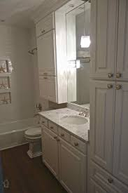 powder rooms classic in white