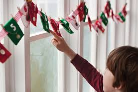christmas crafts u0026 decorations kids can make homemade holiday