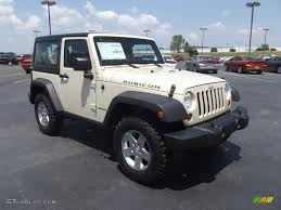 2011 Wrangler 2011 Sahara Tan Jeep Wrangler Rubicon 4x4 52200910 Photo 3