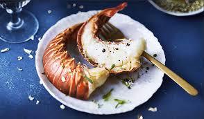 cuisiner des queues de langouste la langouste blanche des caraïbes un trésor à portée de