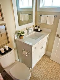 Best Paint For Small Bathroom - make your small bathrooms spacious