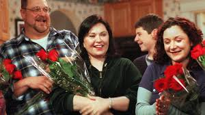 roseanne halloween episodes roseanne u0027 reportedly poised to make a comeback after 20 years