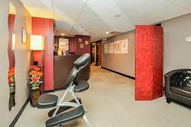 massage and salon